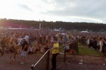 AC/DC crowd at Magnetic Hill (the back) - 7pm - 08-06-09