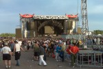 AC/DC crowd at Magnetic Hill (the front) - 7pm - 08-06-09