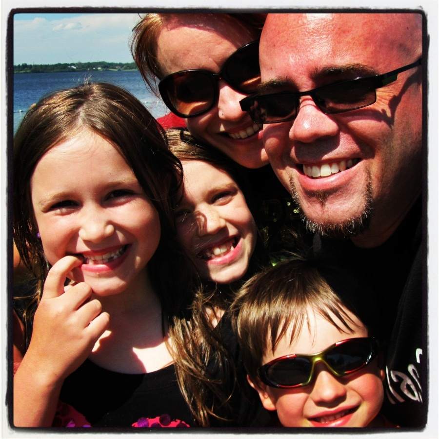 06-30-12 -- Canada Day weekend celebration with 3/4 of the brood. I was quite impressed that we could fit all five of us into this self-portrait.