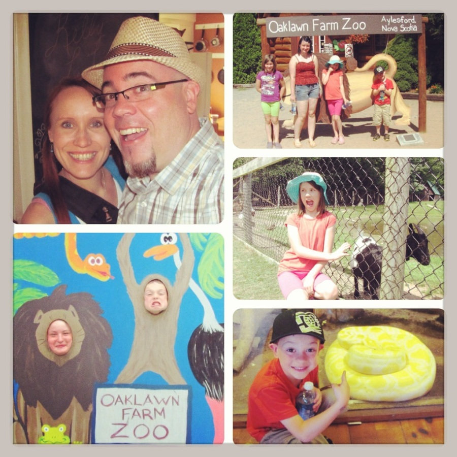 A family trip to the zoo in August.