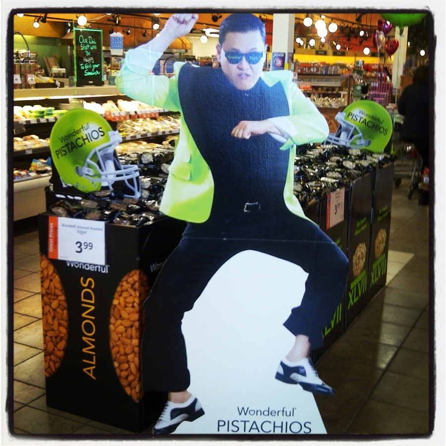 Aaaaaand this was the end of Psy's 15 minutes of fame. Saw this in February and nearly lost my shiznit. Really??